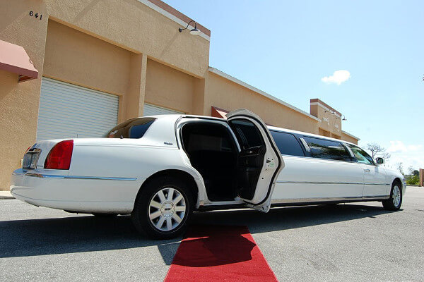 Little-Rock Lincoln Limos Rental